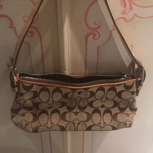 038c67b5aa62 Women s Costco Handbags on Poshmark
